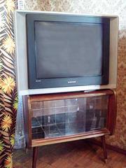 Цветной телевизор Samsung
