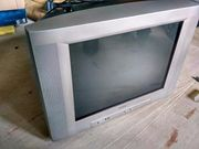 Телевизор б/у Philips,  2013 года,  диагональ 54 см,  плоский кинескоп