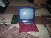 Продам кинескопный телевизор Universum 37 sm